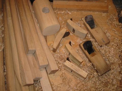柄を削る道具