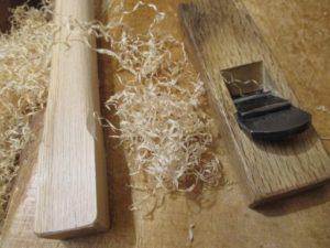 杵柄のカンナ削り仕上げ