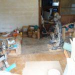 作業場の改装工事の準備中