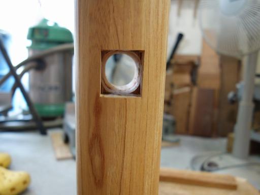 杵の柄を入れる穴